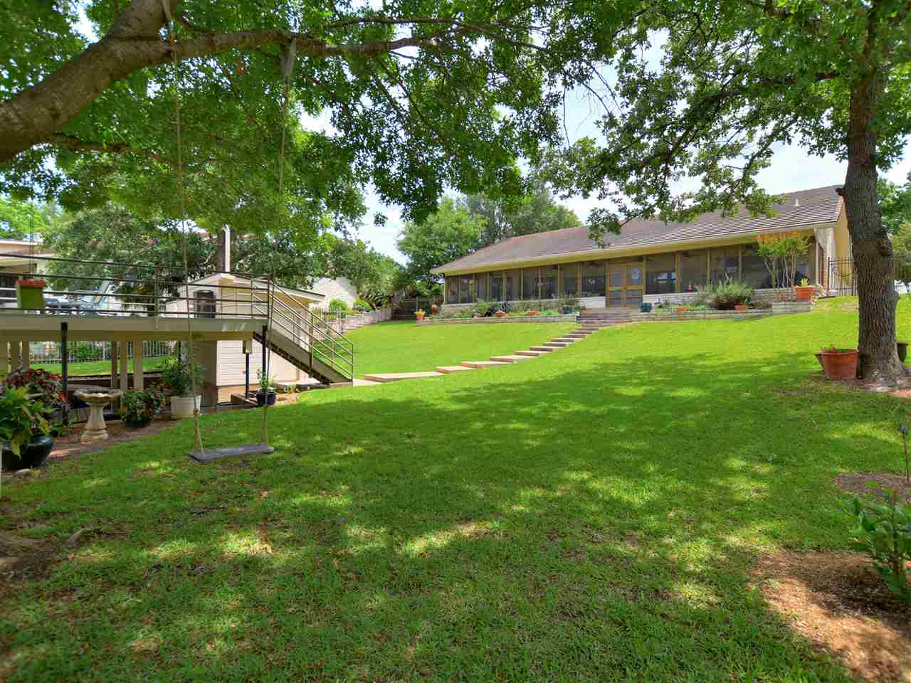 110 Boot Hill Horseshoe Bay Real Estate Home Listings - RE/MAX Horseshoe Bay Resort Sales, Co. Lake LBJ Real Estate