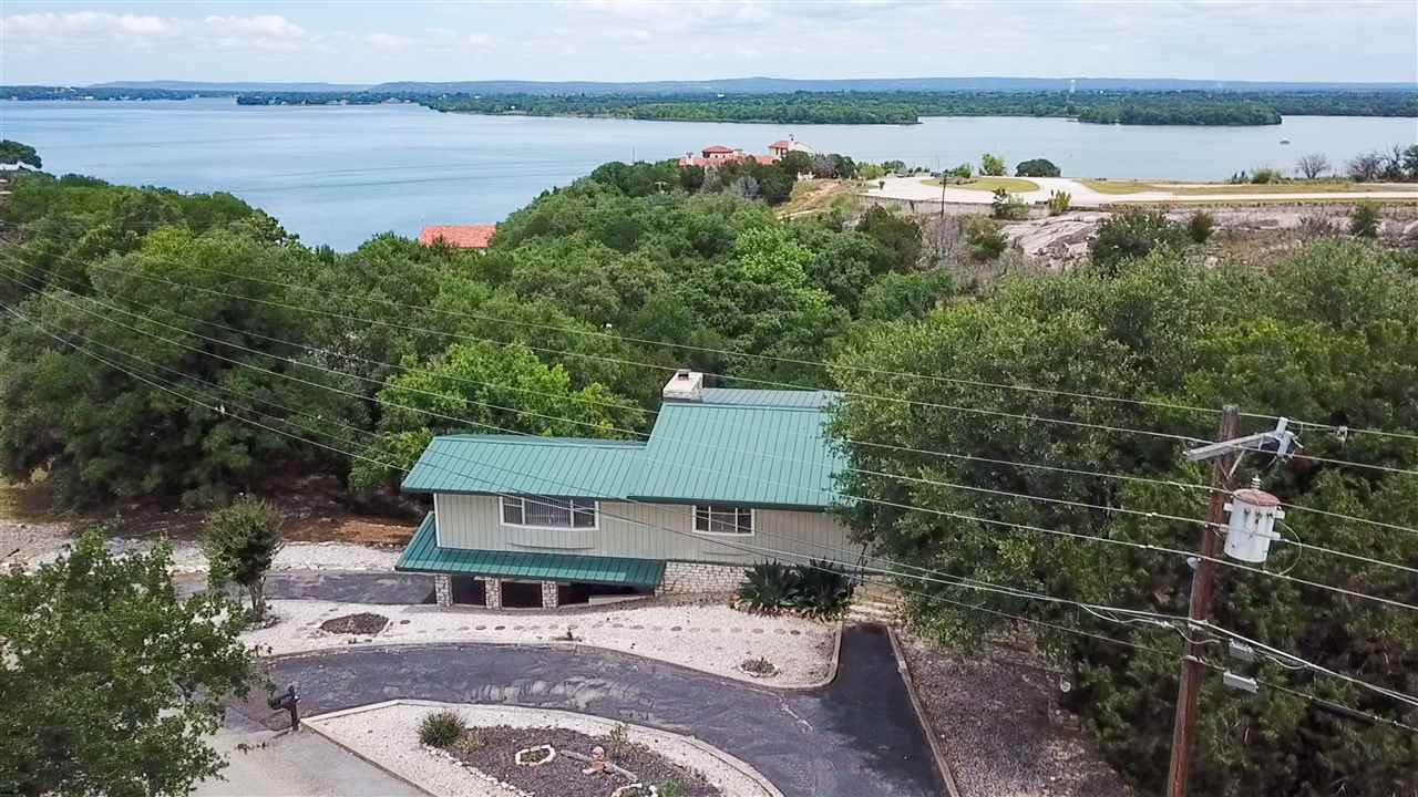Darling 2,160 sq.ft. Lake LBJ home sold furnished with few exceptions and a WOW Lake View.