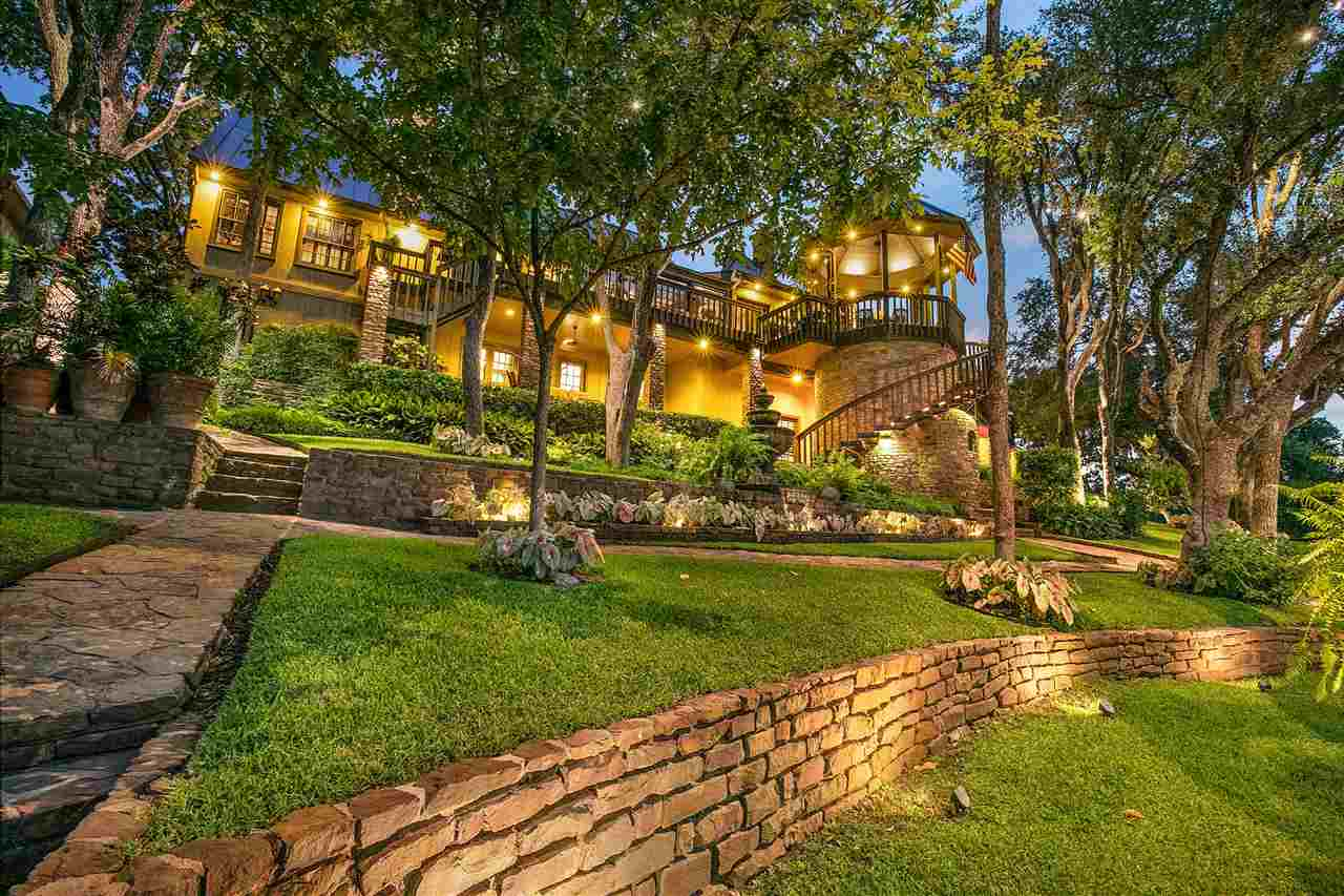 2707 Sunny Point Dr Drive