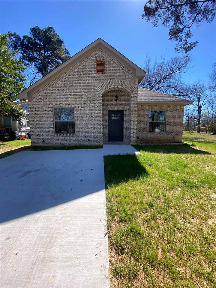 303 Maple Ave ,Gladewater, TX