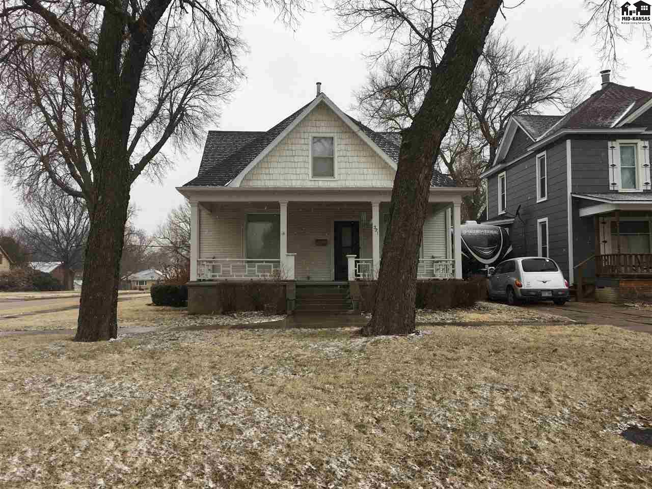 Come check out this 2 story Bungalow house with 5 bedrooms, 1 1/2 baths with a detached 2 stall garage on a corner lot. A new basement was poured in 2012 along with a new front porch.