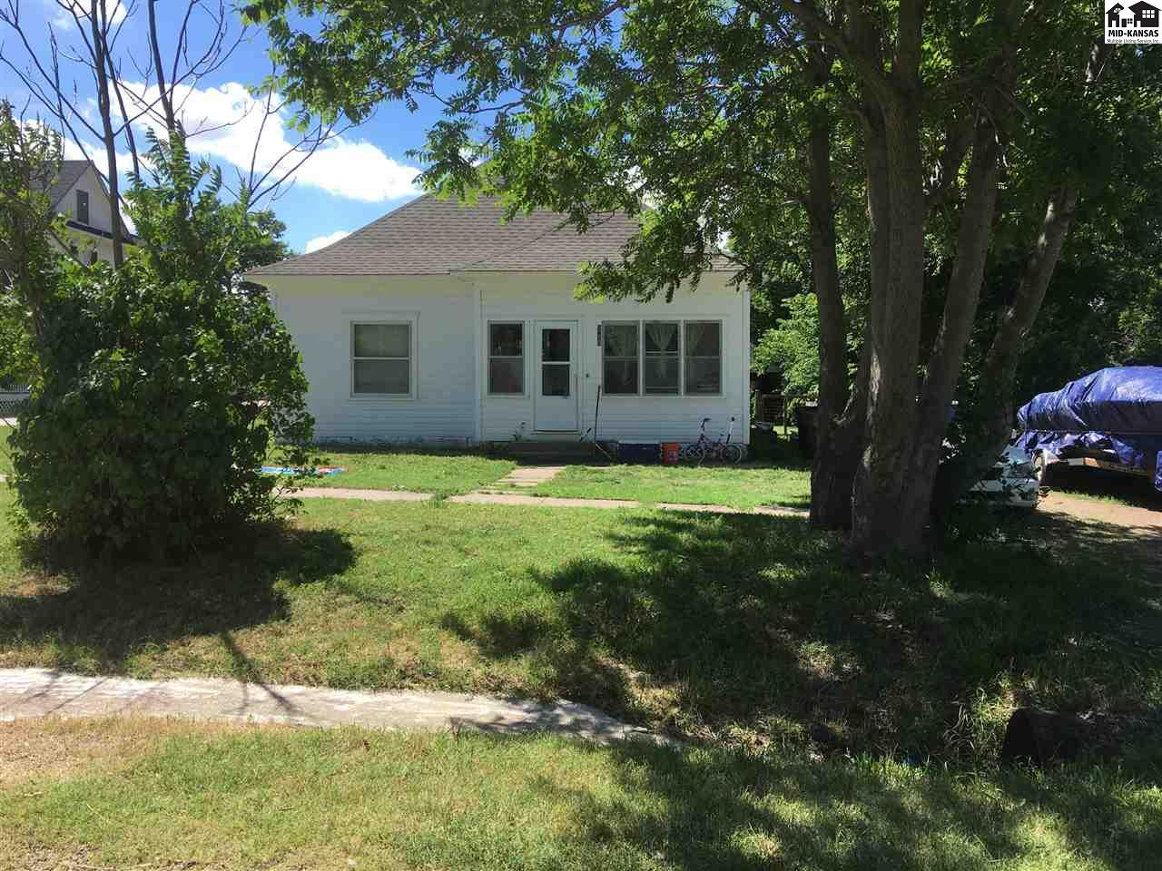 Check out this 2 bedroom, 1 bath in Little River 1 block west of Main street.