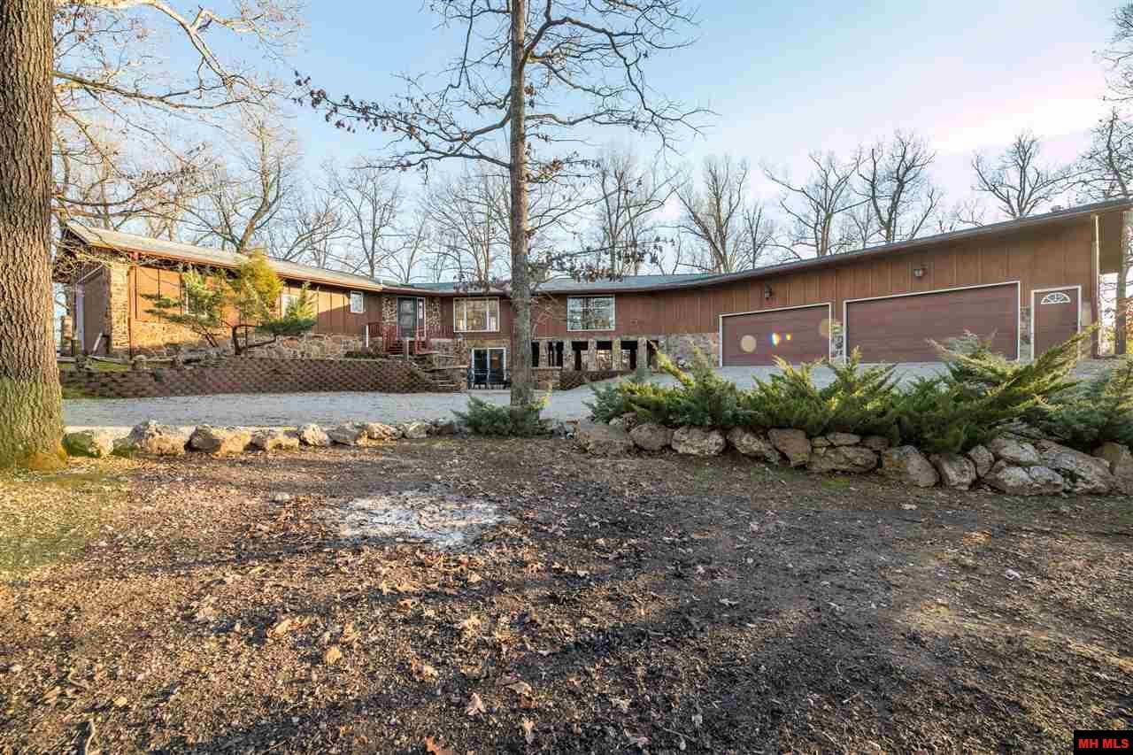 1181 MALLARD POINT ROAD   Mountain Home, AR