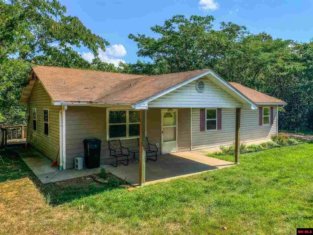 1025 CR 806 | Gainesville, MO