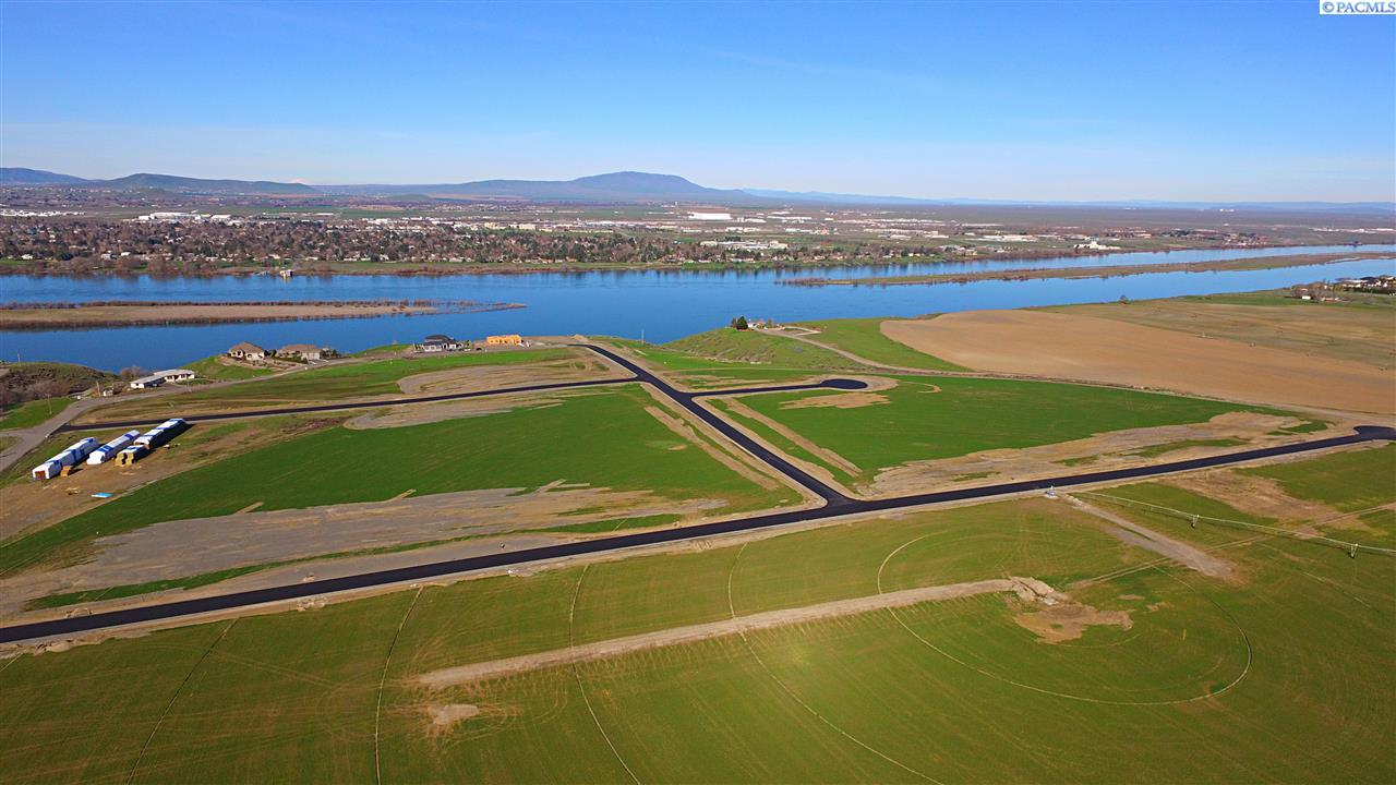 Land for Sale at Lot 12 The Reach at River Ranch Pasco, Washington 99301 United States