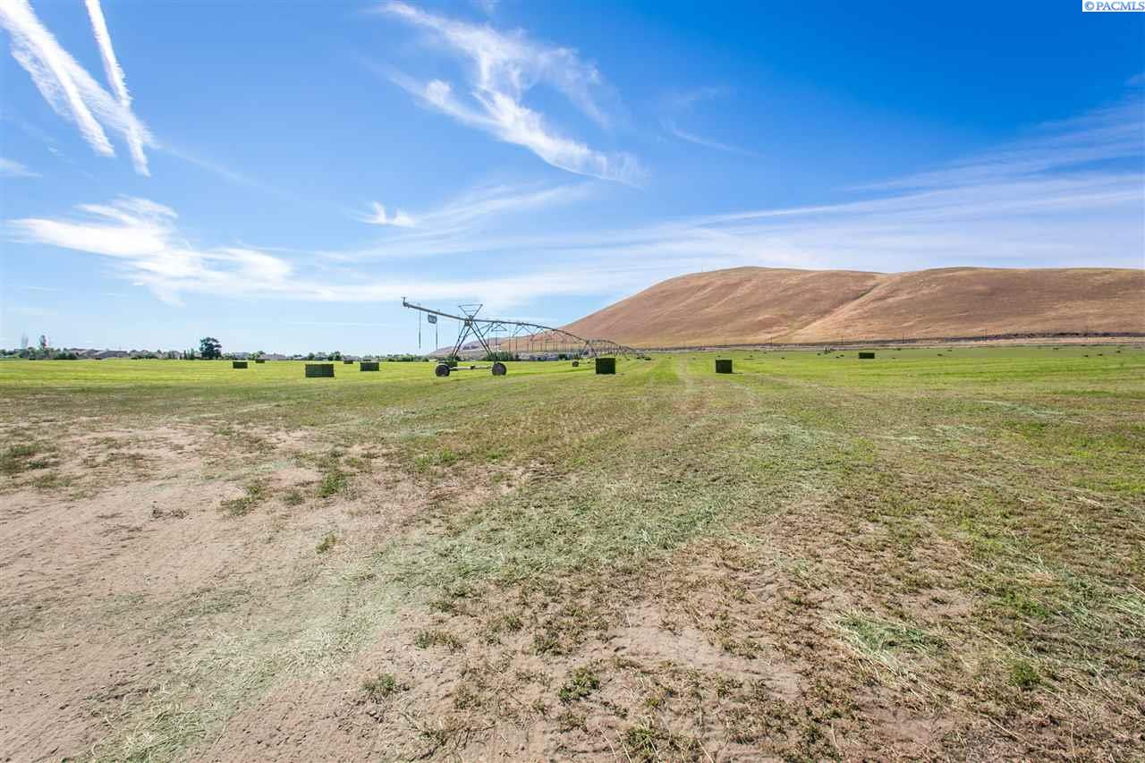 Additional photo for property listing at 53416 E Kennedy Road West Richland, Washington 99353 United States