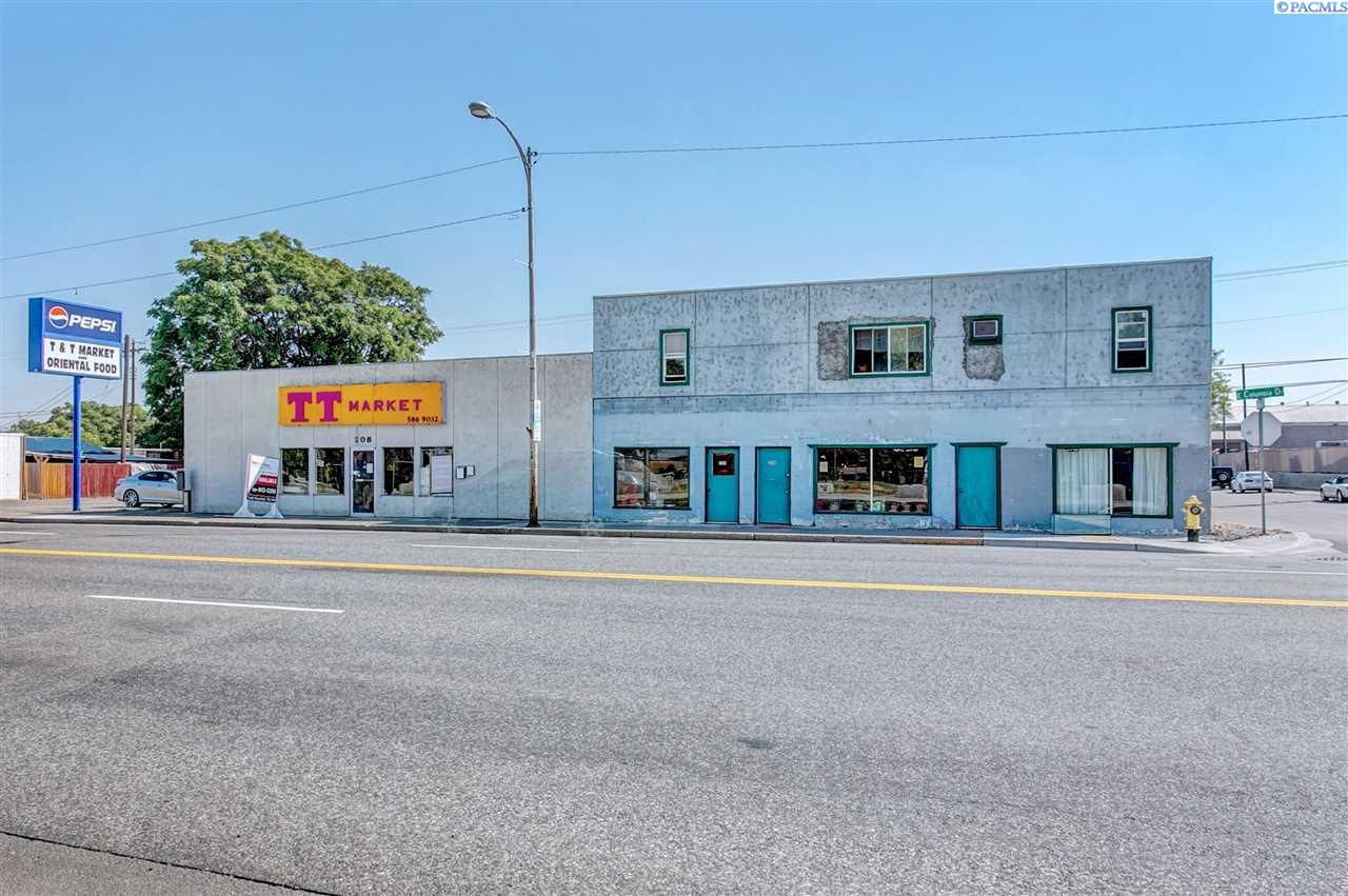 Retail for Sale at 202 E Columbia Drive Kennewick, Washington 99336 United States