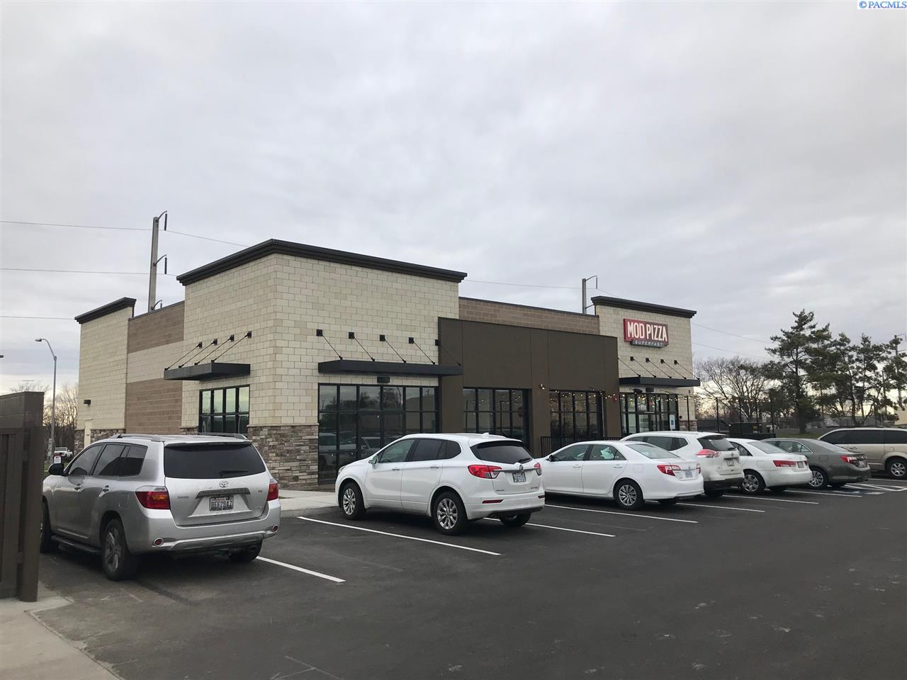Retail for Sale at 1658 W Poplar Walla Walla, Washington 99362 United States