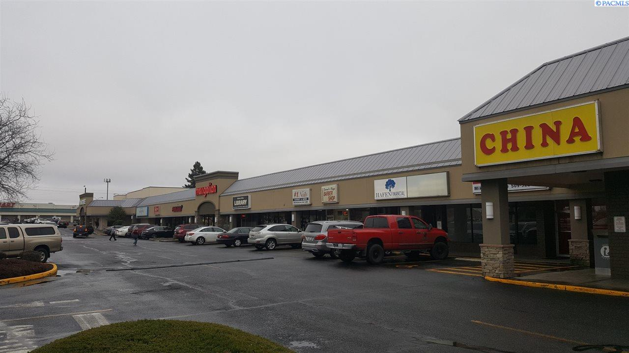 Retail for Sale at 1600 W Plaza Way Walla Walla, Washington 99362 United States
