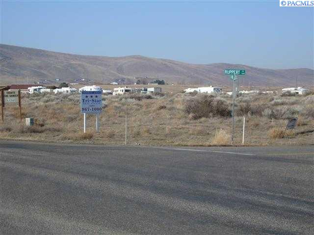 Land for Sale at NKA Ruppert Road West Richland, Washington 99353 United States