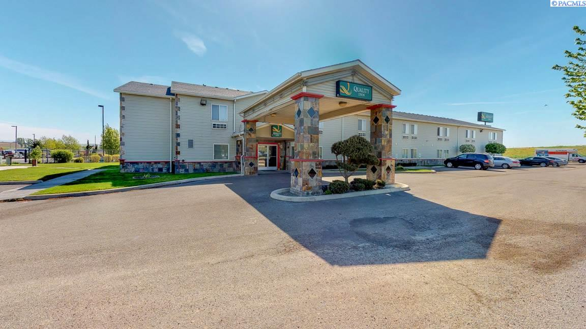Hotel / Motel for Sale at 3209 Picard Place Sunnyside, Washington 98944 United States