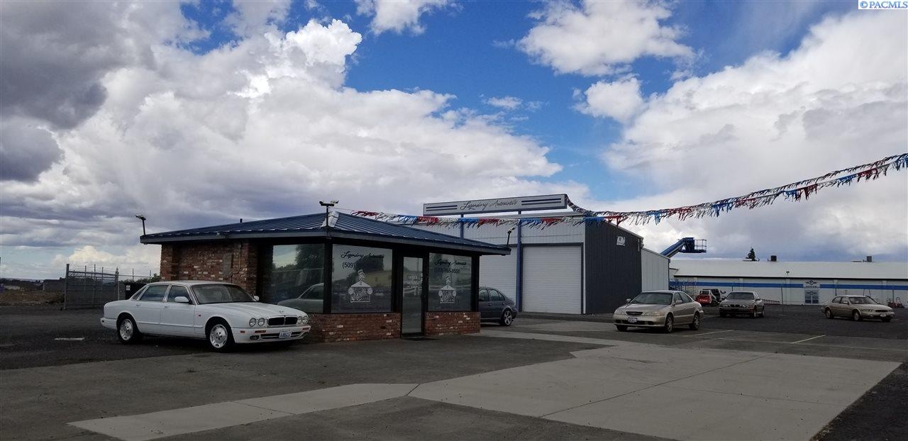 Business Opportunity for Sale at 1230 W Broadway Avenue Moses Lake, Washington 98837 United States