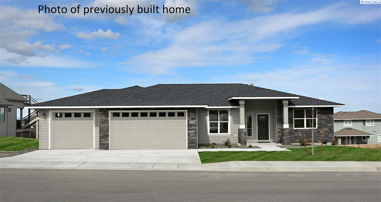 Single Family Homes for Sale at 1021 Suncrest Trail Richland, Washington 99352 United States