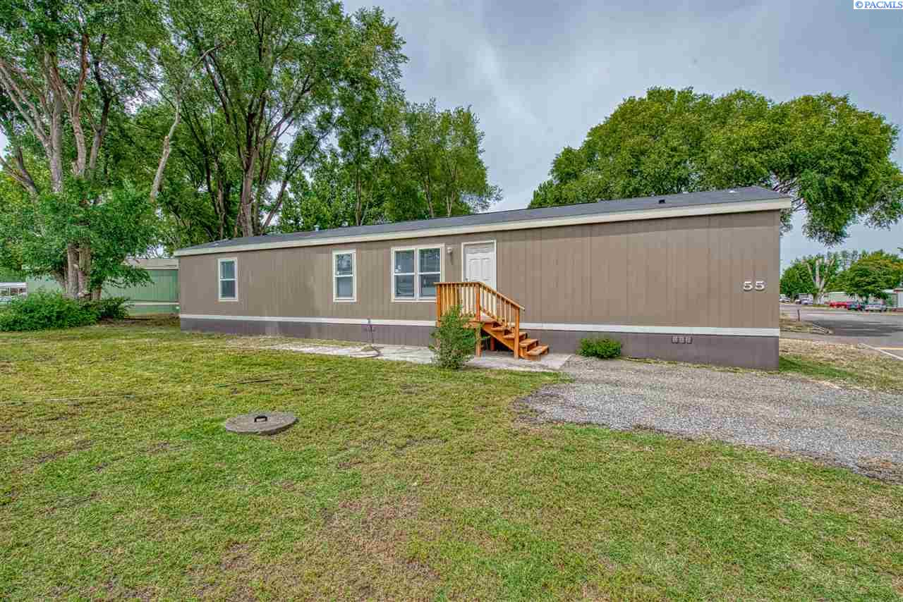 Manufactured Home for Sale at 203106 E Bowles Rd #55 Kennewick, Washington 99337 United States