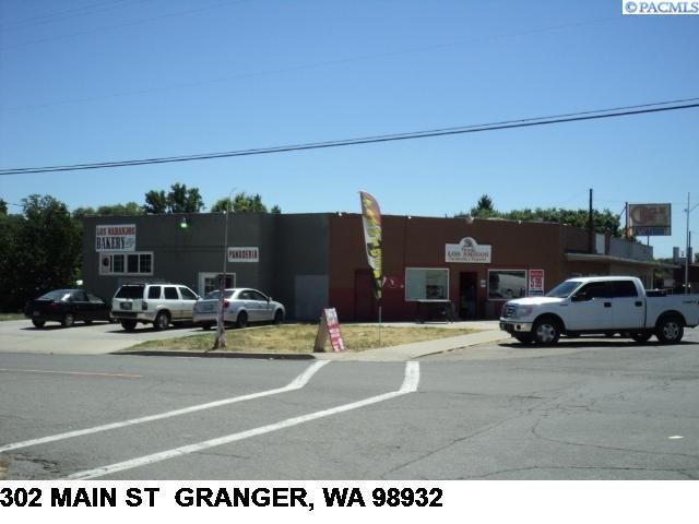 Business Opportunity for Sale at 302 Main Street Granger, Washington 98932 United States