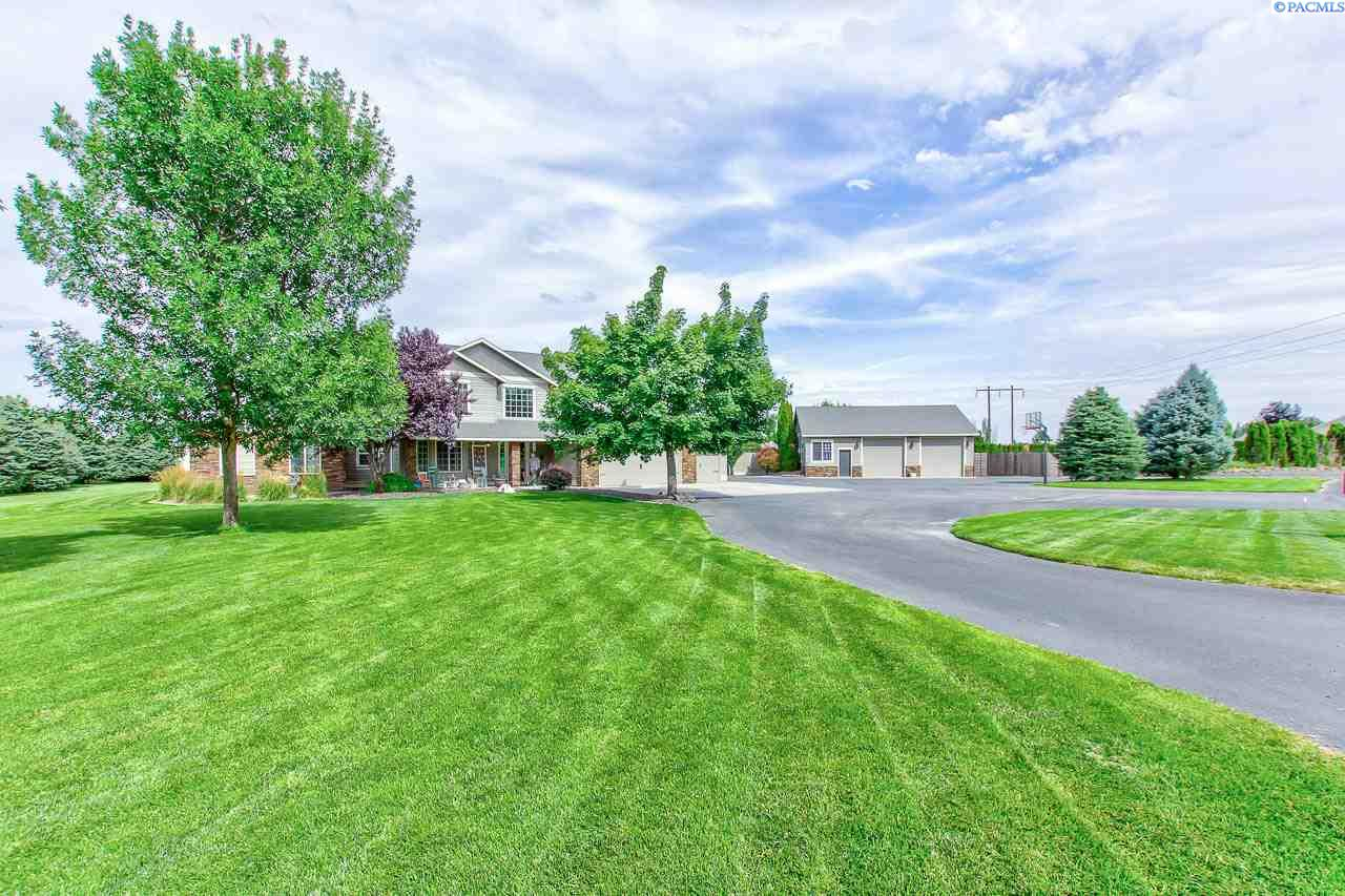 Additional photo for property listing at 3858 Eastlake Drive West Richland, Washington 99353 United States
