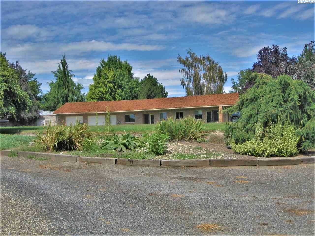 Single Family Homes for Sale at 171 W Woodin Road Sunnyside, Washington 98944 United States