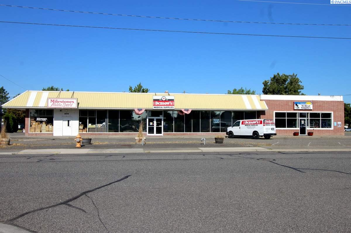 Retail for Sale at 1019 Wright Avenue Richland, Washington 99354 United States