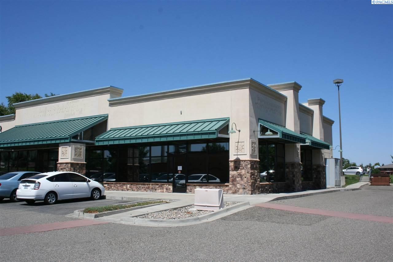 Retail for Sale at 37 Columbia Point Drive Richland, Washington 99352 United States