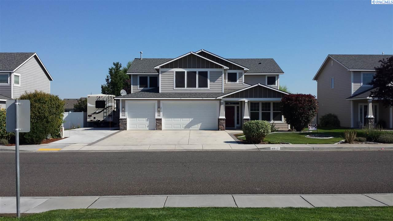 Single Family Homes for Sale at 4817 Laredo Drive Pasco, Washington 99301 United States