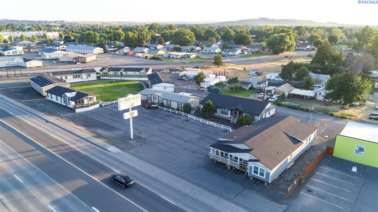 Retail for Sale at 712 S Ely Street Kennewick, Washington 99336 United States