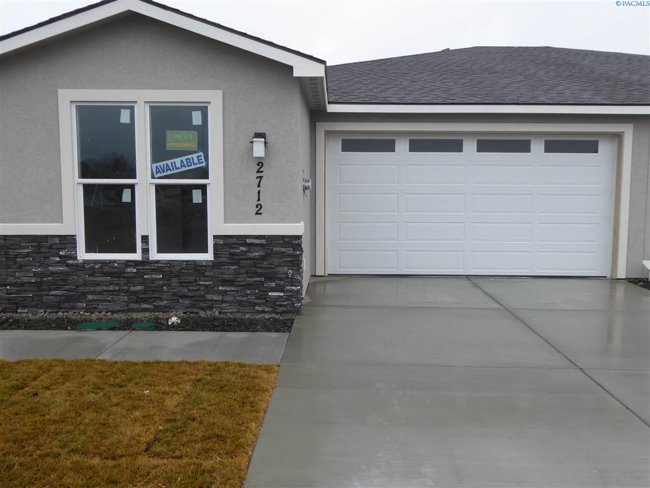 Single Family Homes for Sale at 2712 Tranquil Court West Richland, Washington 99353 United States