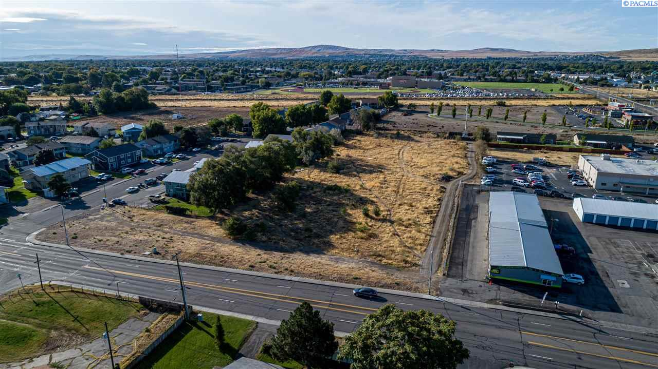 Land for Sale at 5121 W Canal Drive Kennewick, Washington 99336 United States
