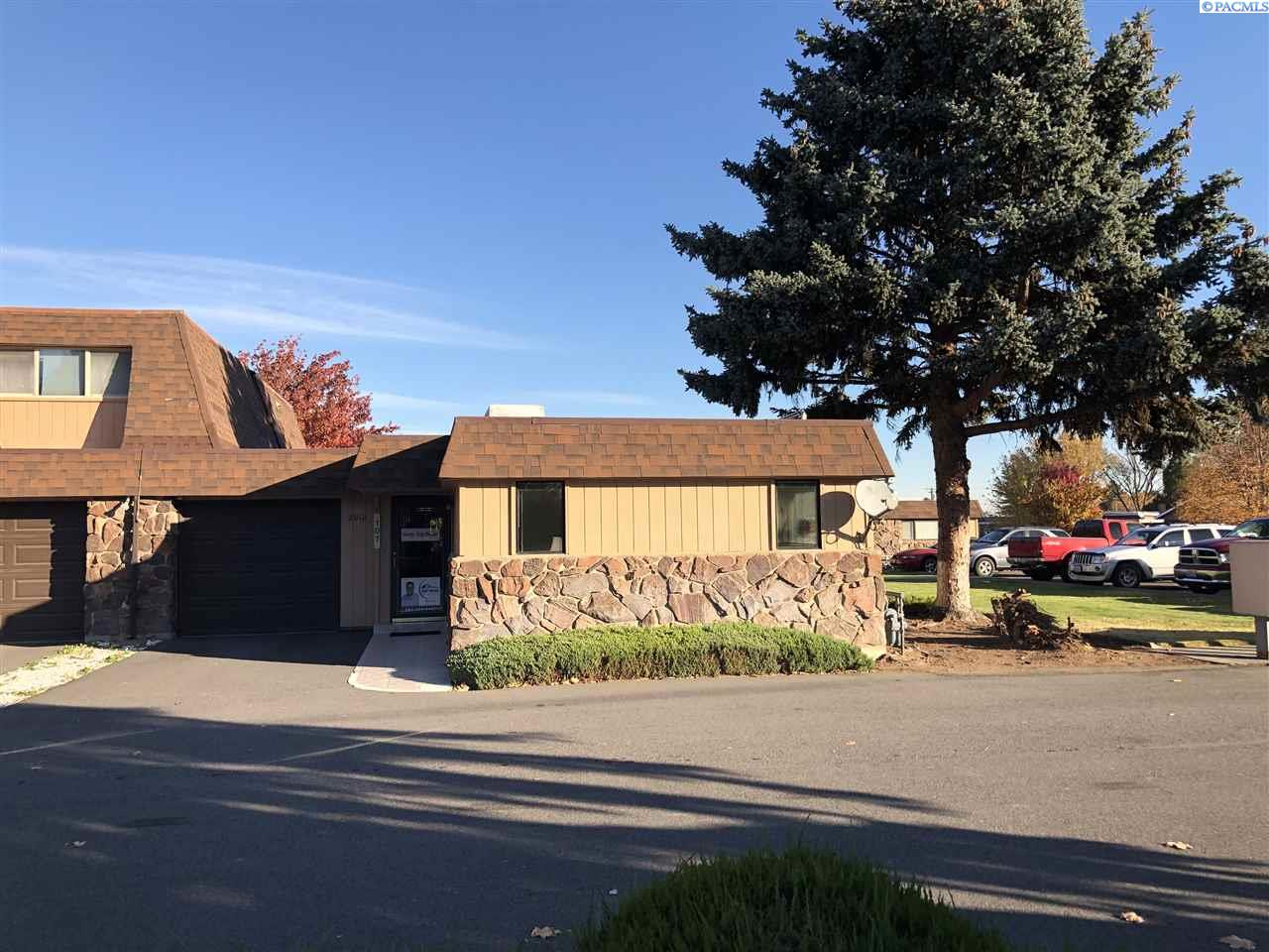 Condominiums for Sale at 2912 W Hood Ave A101 Kennewick, Washington 99336 United States