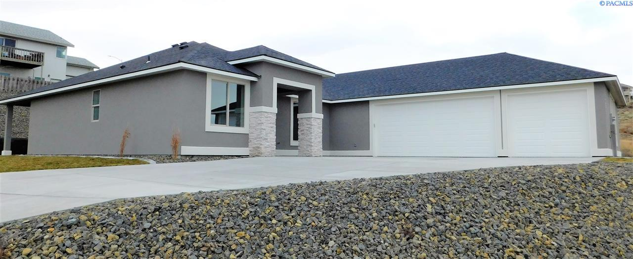 Single Family Homes for Sale at 4473 King Drive West Richland, Washington 99353 United States