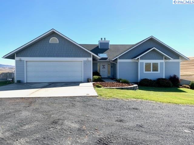 Single Family Homes for Sale at 4463 Pullman-airport Road Pullman, Washington 99163 United States