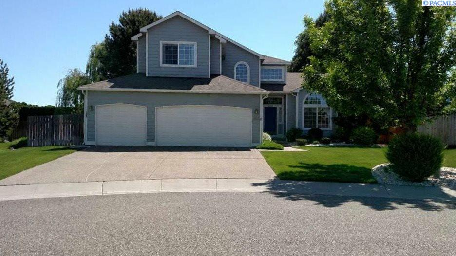 Single Family Homes for Sale at 1806 Valmore Place Richland, Washington 99352 United States