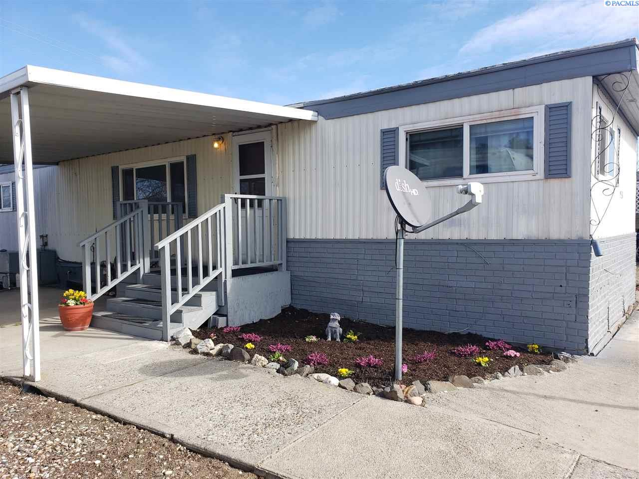 Manufactured Home for Sale at 938 Empire Drive Pasco, Washington 99301 United States