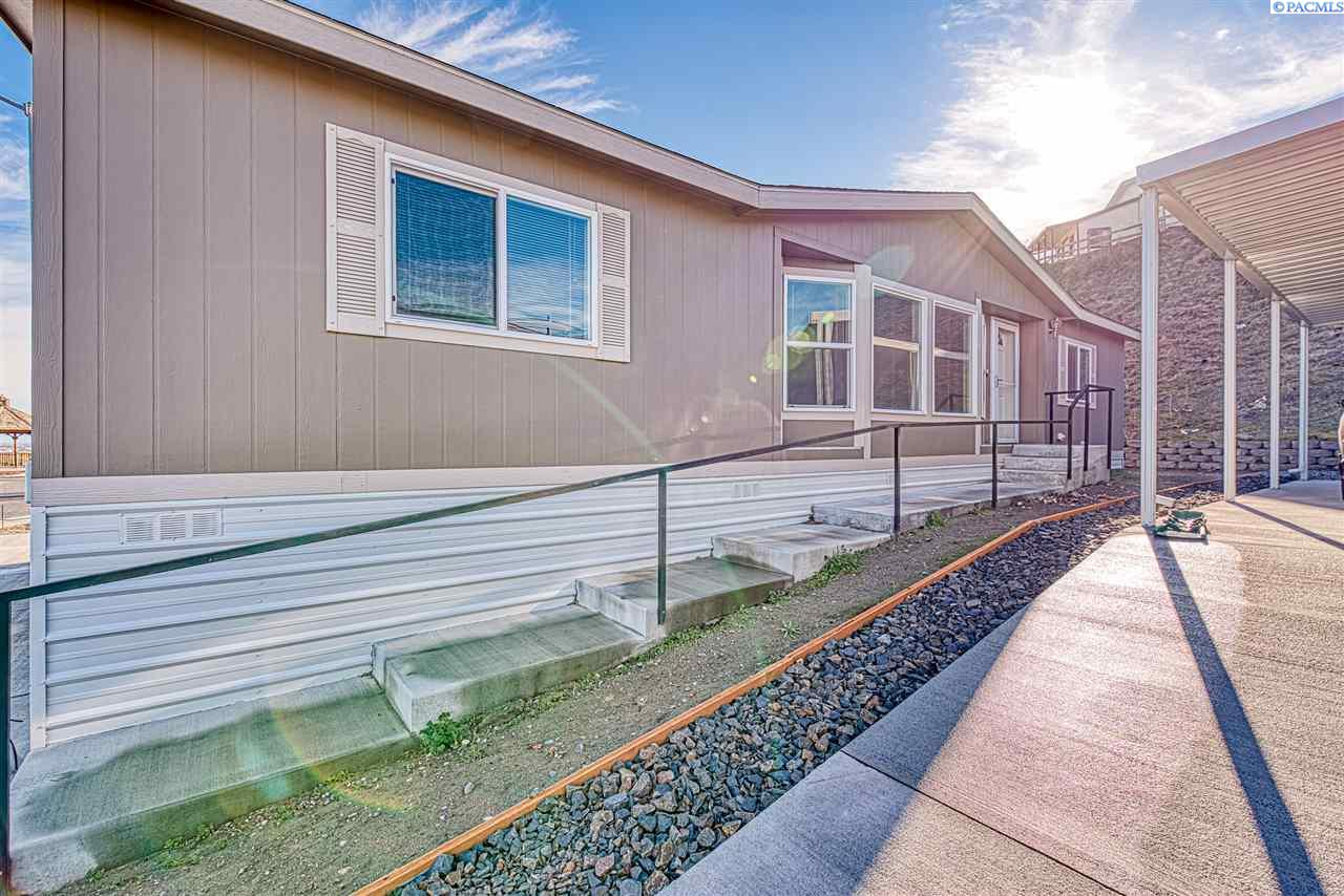 Manufactured Home for Sale at 2419 Horizon View Lane Richland, Washington 99352 United States