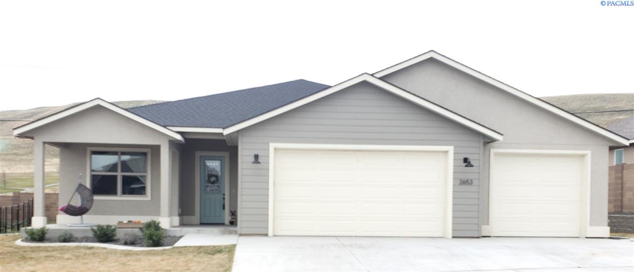 Single Family Homes for Sale at 2653 W 44th Place Kennewick, Washington 99337 United States