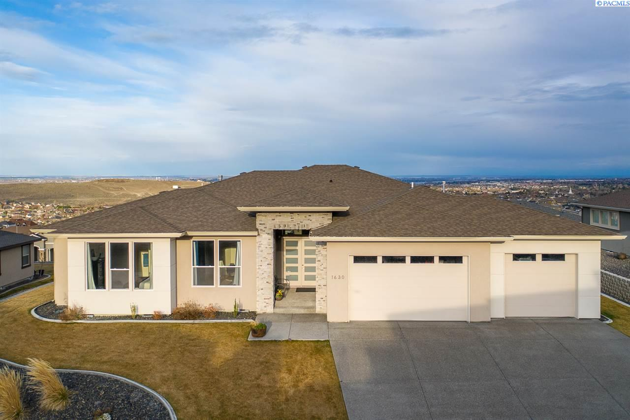 Single Family Homes for Sale at 1630 Salerno Lane Richland, Washington 99352 United States