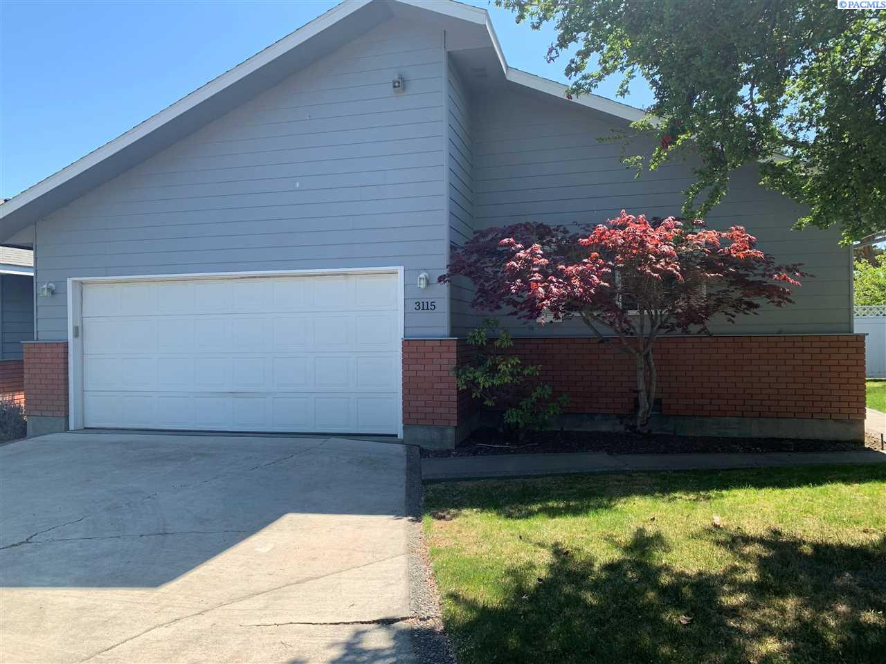 Single Family Homes for Sale at 3115 S Neel Place Kennewick, Washington 99337 United States