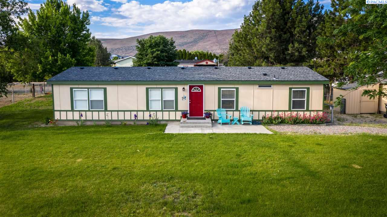 Manufactured Home for Sale at 21003 E Ruppert Road Benton City, Washington 99320 United States