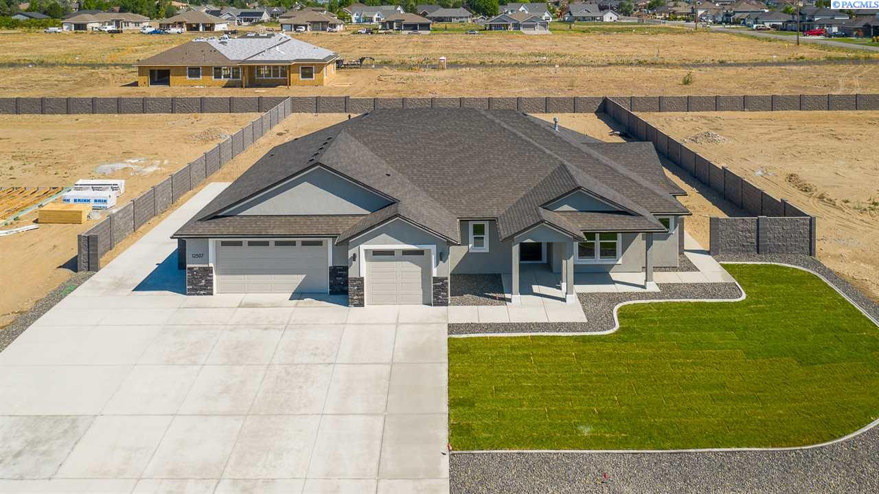 Additional photo for property listing at 6614 Gallatin Road Pasco, Washington 99301 United States