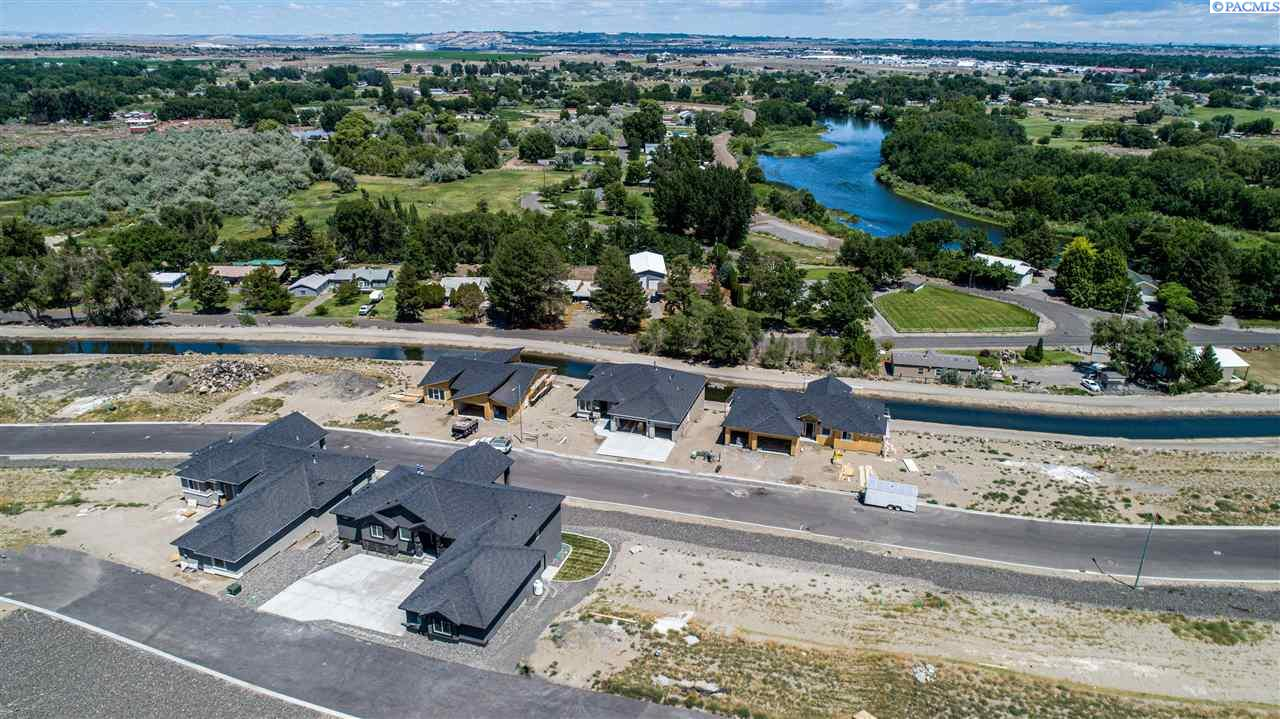 Single Family Homes for Sale at Lot 22 Nicholas Lane West Richland, Washington 99353 United States