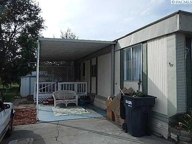 Manufactured Home for Sale at 700 Road 32 Pasco, Washington 99301 United States