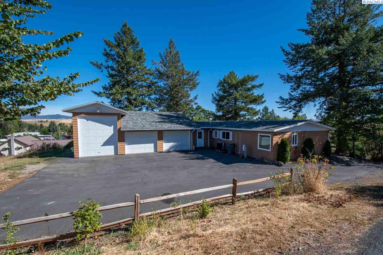 Manufactured Home for Sale at 108 N 10th Street Garfield, Washington 99130 United States