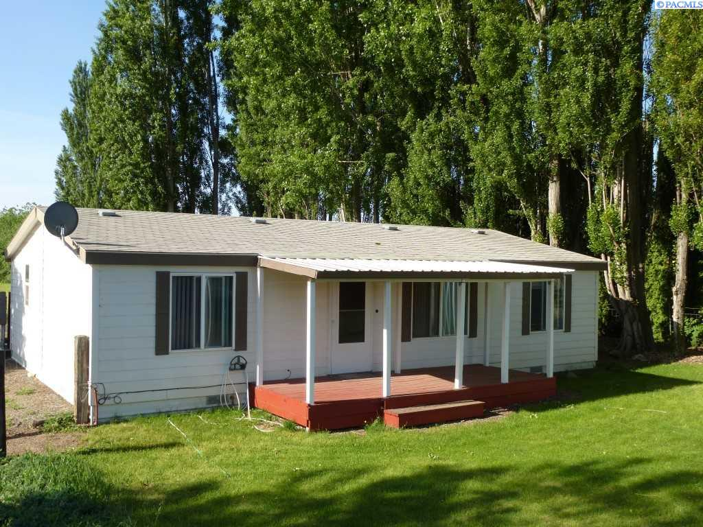 Manufactured Home for Sale at 16750 Yakima Valley Hwy Granger, Washington 98932 United States