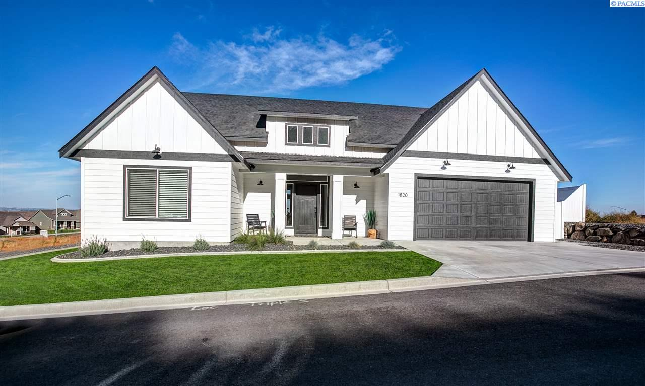 Single Family Homes for Sale at 1820 Somers Lane Richland, Washington 99352 United States