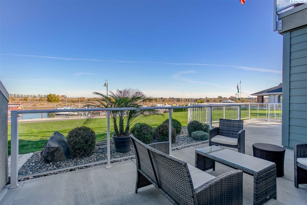 Condominiums for Sale at 334 Columbia Point Dr #104 Richland, Washington 99352 United States