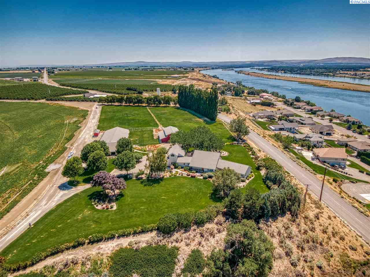 Additional photo for property listing at 7192 Columbia River Road Pasco, Washington 99301 United States