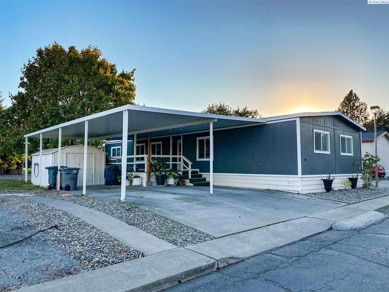 Manufactured Home for Sale at 19 Galaxy Lane Richland, Washington 99354 United States