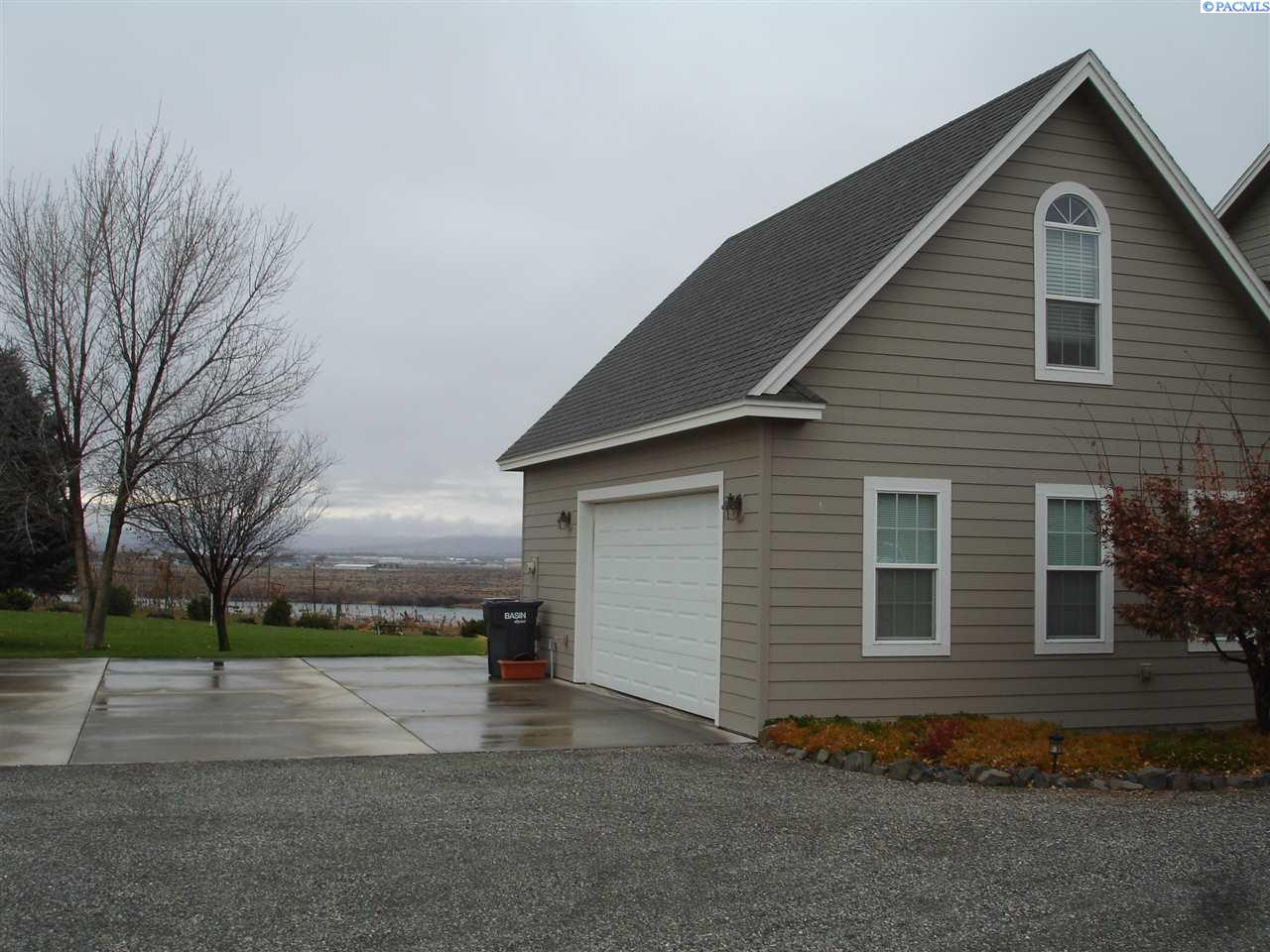 Additional photo for property listing at 290 LARKSPUR Road Pasco, Washington 99301 United States