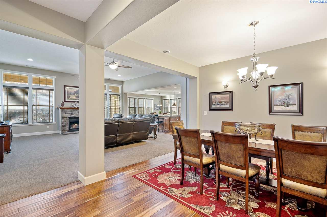 Additional photo for property listing at 1633 Molly Marie Avenue Richland, Washington 99352 United States