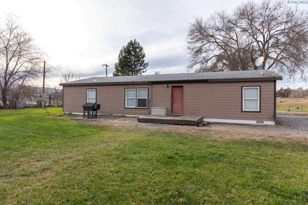Manufactured Home for Sale at 21211 S 2021 PR SE Kennewick, Washington 99337 United States