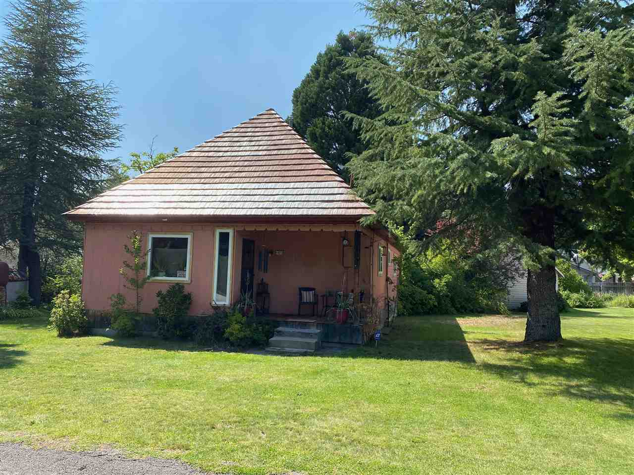 Lots of potential for this Sweet McCloud home that sits near the end of cul-de- sac. Excellent location .29 acre corner lot that has trees, water feature, under ground sprinkler system, larger shed, plenty of space to park an RV, chain link fence, and a one car garage off alley access. You can sit in the front yard and hear the creek across the street. This home sports a large kitchen and living room, wide hallway, nice sized bedrooms, newer vinyl windows. Great Opportunity to get a home in the Beautiful town of McCloud.